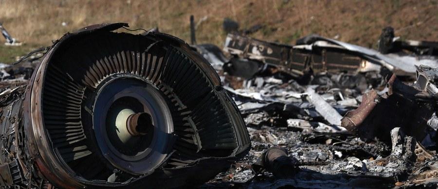 Rodziny ofiar katastrofy malezyjskiego boeinga, który został zestrzelony w 2014 r. nad wschodnią Ukrainą, pozwały w tej sprawie Rosję i prezydenta Władimira Putina. Wystąpiły o odszkodowanie do Europejskiego Trybunału Praw Człowieka.