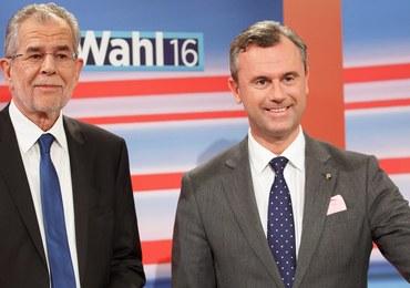 Austria: Wstępne rezultaty wyborów prezydenckich. Minimalna przewaga kandydata skrajnej prawicy