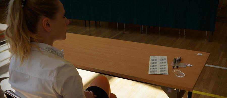 Maturzyści przystąpią dziś po godzinie 9 do pisemnego egzaminu z języka włoskiego na poziomie podstawowym. Egzamin pisemny na poziomie podstawowym z wybranego języka obcego nowożytnego jest jednym z obowiązkowych egzaminów na maturze.
