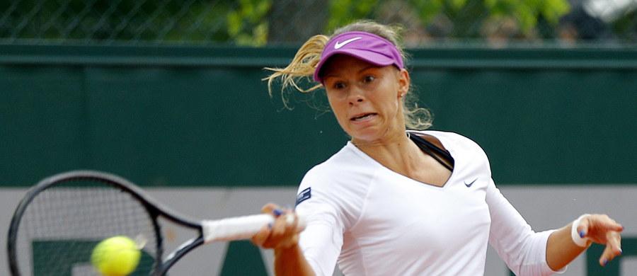 Magda Linette przegrała 3:6, 6:4, 5:7 ze Szwedką Johanną Larsson w 1. rundzie wielkoszlemowego turnieju tenisowego French Open. Poznanianka wciąż czeka na pierwsze w karierze zwycięstwo w singlu w paryskiej imprezie.