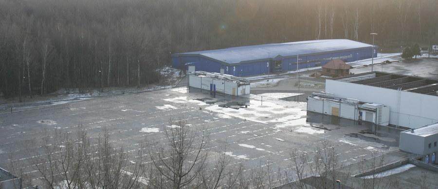 Katastrofa hali Międzynarodowych Targów Katowickich (MTK) była afektem błędów i zaniedbań od procesu projektowania, przez budowę aż po użytkowanie budynku - mówiła przed katowickim sądem prokurator Katarzyna Wychowałek-Szczygieł.