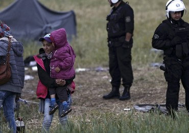 Błaszczak: System relokacji uchodźców proponowany przez UE wzmocni kryzys migracyjny