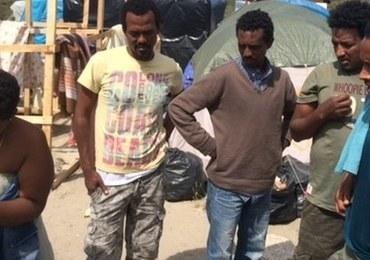 Kolejne starcia w obozowisku imigrantów w Calais. Kilkadziesiąt osób rannych