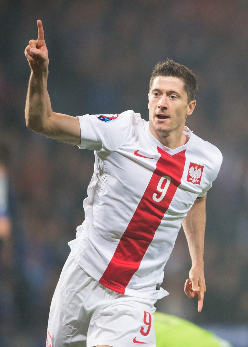 """Poniżej możecie sprawdzić dotychczas ujawnione piosenki przygotowane przez polskich wykonawców przed Euro 2016. Oczekiwania wobec """"Orłów"""" Adama Nawałki są spore!"""