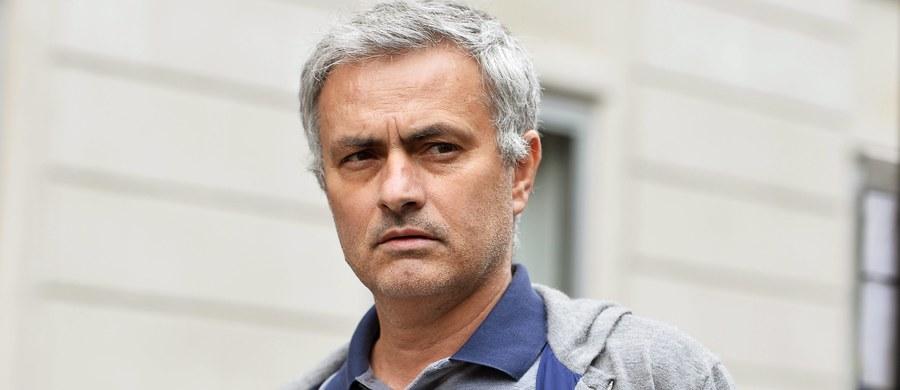 Jose Mourinho został trenerem piłkarzy Manchesteru United. Klub poinformował, że Portugalczyk podpisał trzyletni kontrakt. Na stanowisku zastąpił zwolnionego w poniedziałek Holendra Louisa van Gaala.