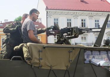 Amerykańscy żołnierze na tarnowskim rynku
