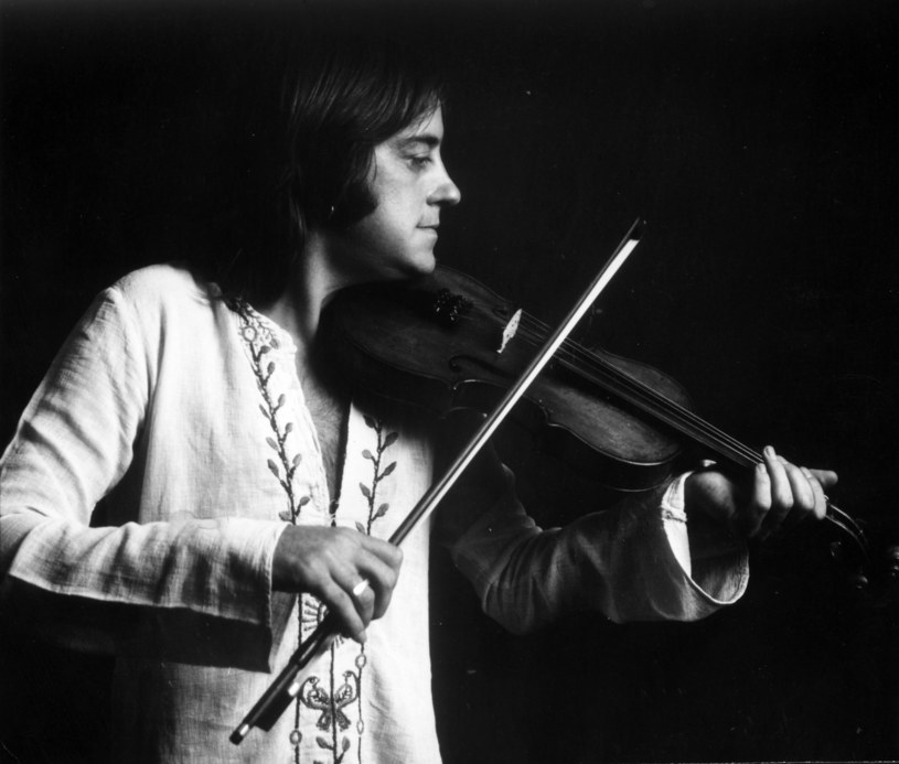 Jeden z najbardziej znanych brytyjskich skrzypków folkowych zmarł 3 czerwca 2016 roku. Przyczyną śmierci była rozedma płucna, z którą Swabrick zmagał się od kilku lat.