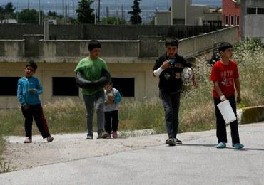 Sprzątacz molestował nieletnich uchodźców. Ich rodzice o tym wiedzieli, ale bali się deportacji