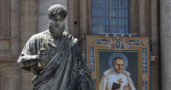 W Watykanie odbędzie się w niedzielę kanonizacja założyciela zgromadzenia księży marianów, błogosławionego Stanisława Papczyńskiego (1631-1701). We mszy pod przewodnictwem papieża Franciszka weźmie udział prezydent Andrzej Duda z małżonką Agatą Kornhauser-Dudą.
