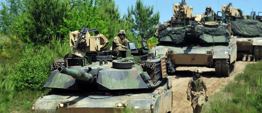 Nigdy nie zaatakujemy Polski i innego kraju NATO - rosyjska dyplomacja rozpoczęła ofensywę przed lipcowym szczytem NATO w Warszawie. Moskwa usiłuje stworzyć wrażenie, że jest gołąbkiem pokoju, a agresywna stroną jest Sojusz Północnoatlantycki.