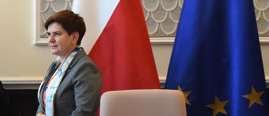 Premier Beata Szydło w środę udaje się do Pragi na szczyt przywódców państw Grupy Wyszehradzkiej. Weźmie udział w debacie poświęconej obecnej sytuacji w UE. Podczas szczytu premierzy Polski, Czech, Słowacji i Węgier podsumują także czeską prezydencję w V4.