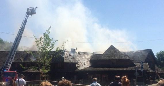 Pożar hotelu przy restauracji Młyńskie Koło w Poznaniu. Ogień pojawił się w środę przed południem. Informację dostaliśmy na Gorącą Linię RMF FM.