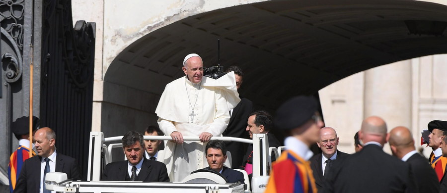 Oficjalny program wizyty papieża Franciszka w Polsce zostanie ogłoszony w czwartek. Spotkania z dziennikarzami zaplanowano jednocześnie w Krakowie i Warszawie. Papież przyjedzie do Polski pod koniec lipca, by wziąć udział w Światowych Dniach Młodzieży.