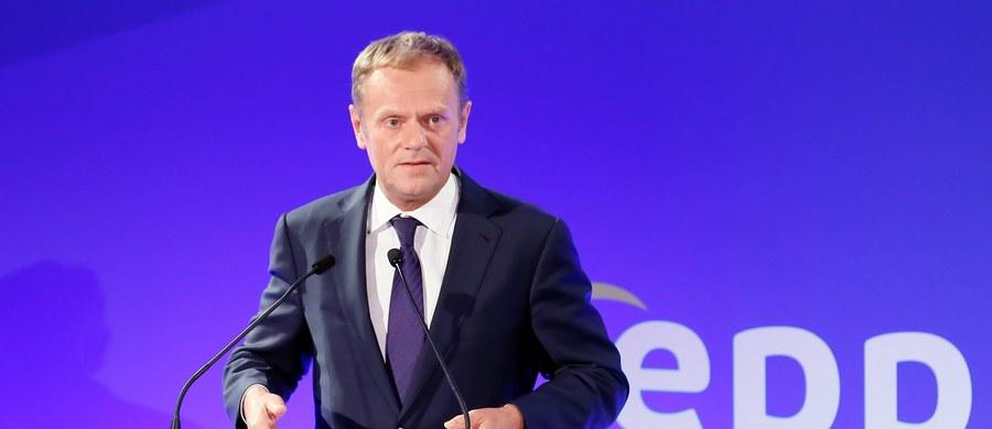 """Ułożenie na nowo brytyjskich stosunków z Unią Europejską, w razie gdyby Wielka Brytania opuściła ją w rezultacie referendum, potrwałoby siedem lat - ocenił w wywiadzie dla niemieckiego dziennika """"Bild"""" przewodniczący Rady Europejskiej Donald Tusk."""