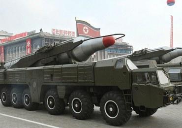 """Korea Północna wystrzeliła dwie rakiety średniego zasięgu. """"Poważna prowokacja"""""""