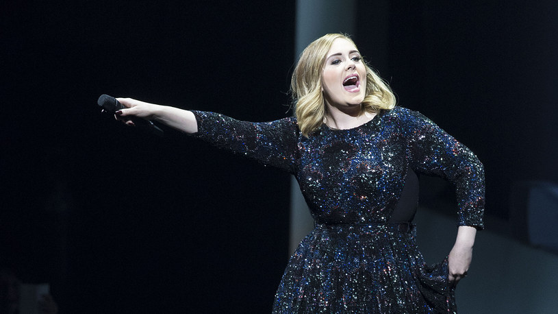 """Po siedmiu miesiącach od premiery płyta """"25"""" Adele - największy bestseller 2015 r. - trafia wreszcie do serwisów streamingowych, takich jak np. Spotify, Apple Music czy Tidal."""