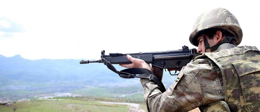 """W Iraku i Syrii walczy blisko 30 tys. """"zagranicznych terrorystów"""" - oświadczył szef Komitetu Antyterrorystycznego ONZ, Jean-Paul Laborde. Ostrzegał również przed """"coraz ostrzejszymi atakami"""" w krajach pochodzenia bojowników."""