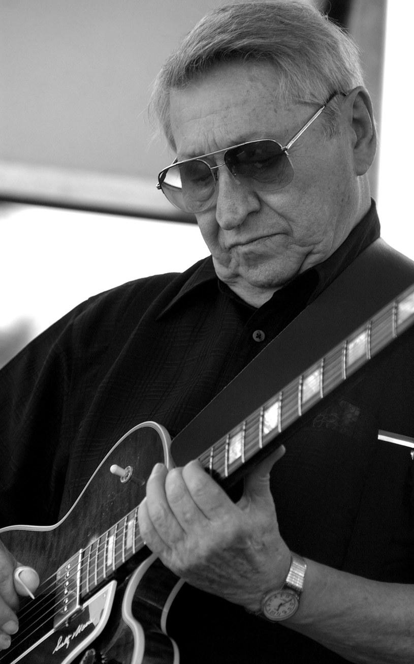 We wtorek (28 czerwca) wieku 84 lat zmarł gitarzysta Scotty Moore, przez lata współpracujący z Elvisem Presleyem.
