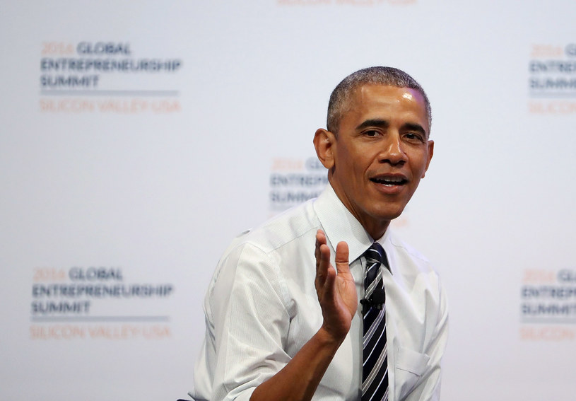 """Utwór Drake'a szybko podbił listy przebojów. Doczekał się także """"wykonania"""" prezydenta Baracka Obamy, które podbija internet."""
