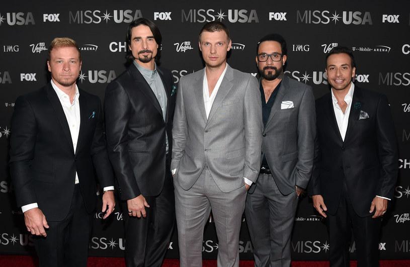 """W lawinie postów, które pojawiły się niedawno na Instagramie, wszyscy członkowie Backstreet Boys, amerykańskiego boysbandu założonego w latach 90., potwierdzili, że wrócili do studia i pracują nad czymś """"zaskakującym""""."""