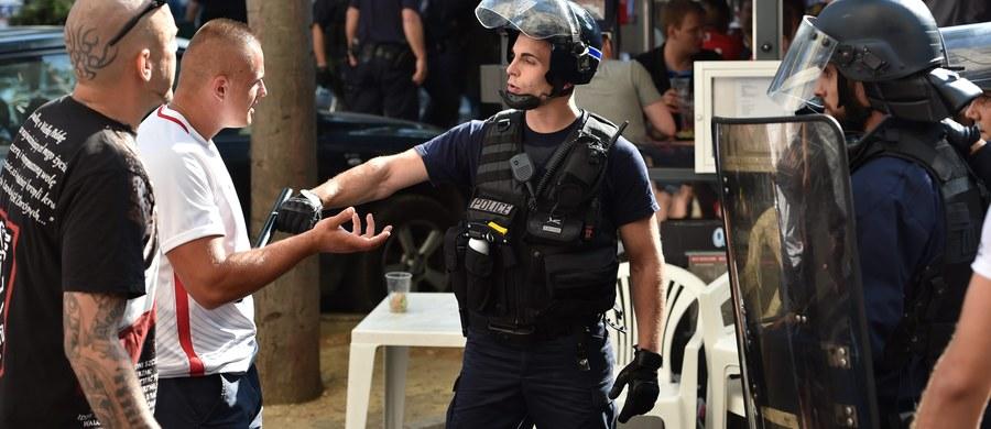 Krótkie starcie polskich kibiców z policją w Marsylii. Do awantury doszło przed meczem Polska-Portugalia.