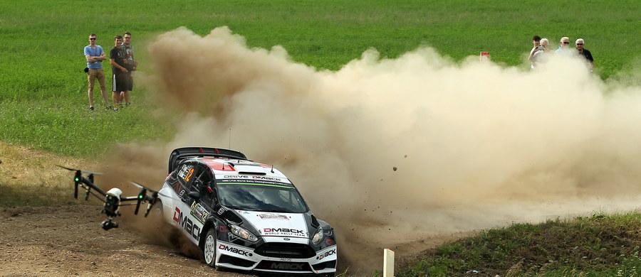 Estończyk Ott Tanak (Ford Fiesta WRC) wygrał sobotni superoes na torze Mikołajki Arena i umocnił się na pozycji lidera 73. Rajdu Polski, siódmej rundy mistrzostw świata. Obrońca tytułu Francuz Sebastien Ogier (VW Polo WRC) jest szósty ze stratą 1.08,1.