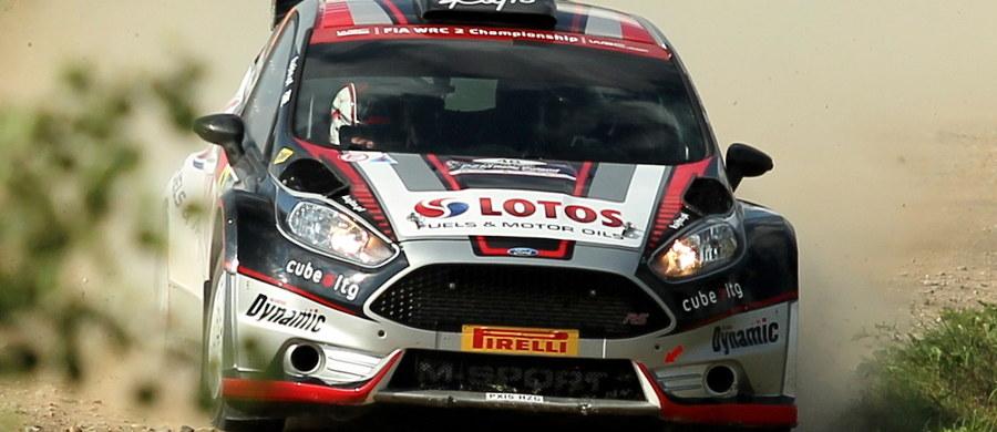 Determinacja, wola walki, najwyższa koncentracja, perfekcyjne przygotowanie, konkurencyjne tempo, wysoka skuteczność i zaangażowanie – to wszystko Kajetan Kajetanowicz pokazał w swoim debiucie w Rajdowych Mistrzostwach Świata. Przez cztery dni długiej i wyczerpującej rywalizacji, pilotowany przez Jarka Barana Kajetanowicz jechał szybko i efektywnie, dzięki czemu osiągnął metę 73. Rajdu Polski tuż za podium klasyfikacji WRC 2.