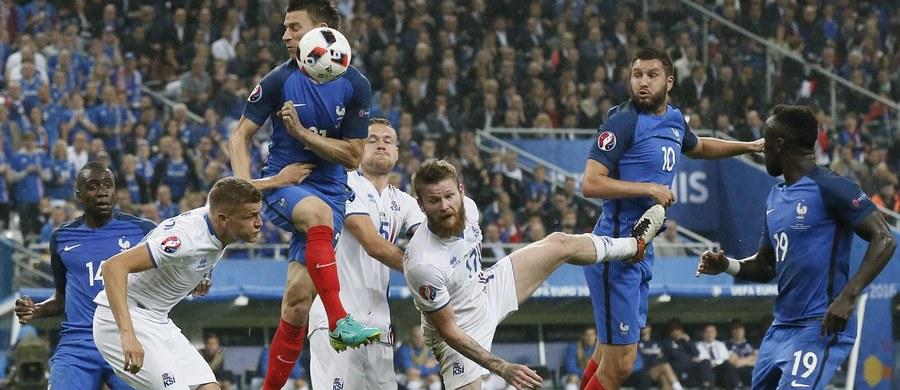 Francja uzupełniła w niedzielę grono półfinalistów, rozgrywanych w tym kraju, piłkarskich mistrzostw Europy. Na stadionie w Saint-Denis rozbiła Islandię 5:2.