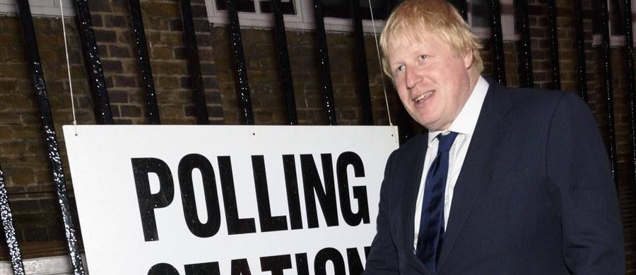 Ciężkie czasy dla sobowtóra Borisa Johnsona. Człowiek, który do niedawna utrzymywał się z udawania głównego sprawcy Brexitu, objawia się o swoje bezpieczeństwo.