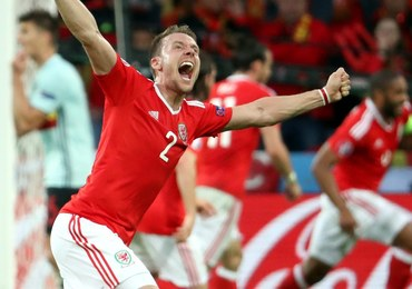 Rodzice walijskiego piłkarza wolą jechać na półfinał Euro niż na ślub jego brata