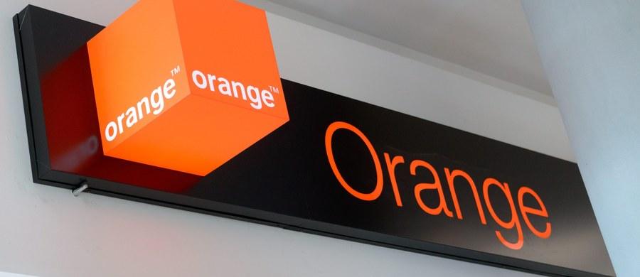 Abonenci sieci komórkowej Orange w całym kraju przez kilka godzin mieli poważne kłopoty z dostępem do jej usług. Wieczorem sygnał zanikł zarówno w Warszawie, jak we Wrocławiu, na  Śląsku i w szeregu innych miast. Rano firma poinformowała, że awaria została już usunięta.