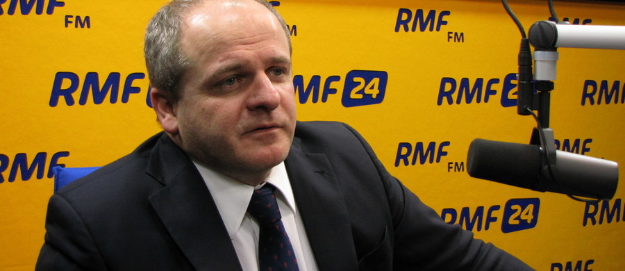 """""""Lepsze chłodne relacje NATO z Rosją, niż głupi reset stosunków"""" - tak w rozmowie z RMF FM mówi Paweł Kowal, był wiceminister spraw zagranicznych, ekspert do spraw wschodnich. Jego zdaniem Rosja nie powinna być zaskoczona ustaleniami szczytu NATO w Warszawie, ale  będzie wykorzystywać militarne wzmocnienie wschodniej flanki do negocjacji politycznych z głównymi europejskimi graczami Paktu Północnoatlantyckiego."""
