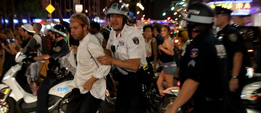 Setki demonstrantów zostało aresztowanych w nocy z soboty na niedzielę w czasie trwających od piątku protestów w stanach Luizjana i Minnesota przeciwko brutalności policji. W tych stanach policjanci zabili w czasie interwencji dwóch Afroamerykanów.
