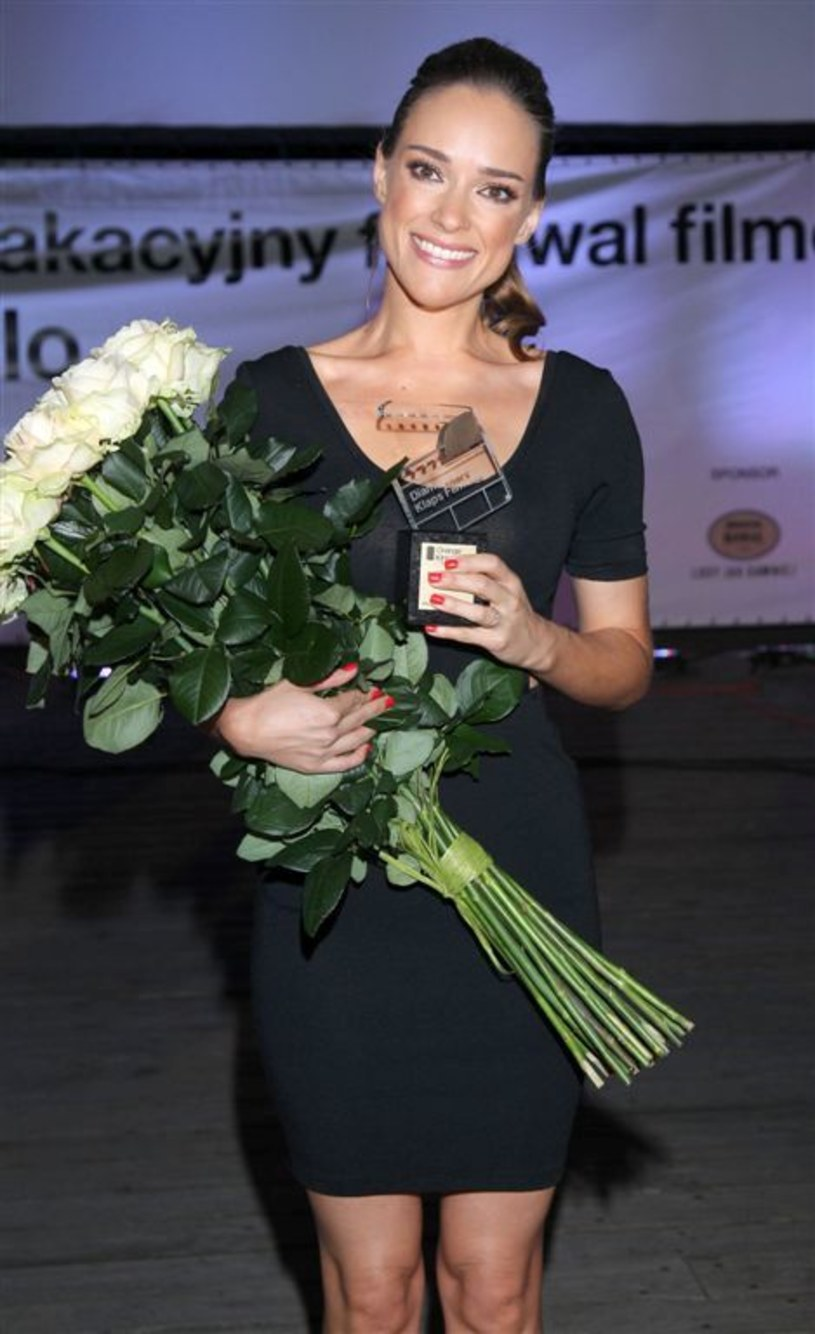 Podczas uroczystej gali 9. edycji festiwalu Orange Kino Letnie na Molo w Sopocie nagrodę Diamentowego Klapsa Filmowego odebrała Alicja Bachleda-Curuś. Polska aktorka od lat zachwyca urodą i talentem międzynarodową publiczność, dostarczając niepowtarzalnych przeżyć filmowych.