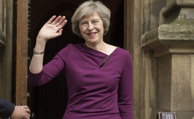 Minister spraw wewnętrznych Theresa May zastąpi Davida Camerona na stanowisku szefa Partii Konserwatywnej i premiera Wielkiej Brytanii. Z ubiegania się o te funkcje zrezygnowała jej jedyna rywalka, wiceminister energii Andrea Leadsom.