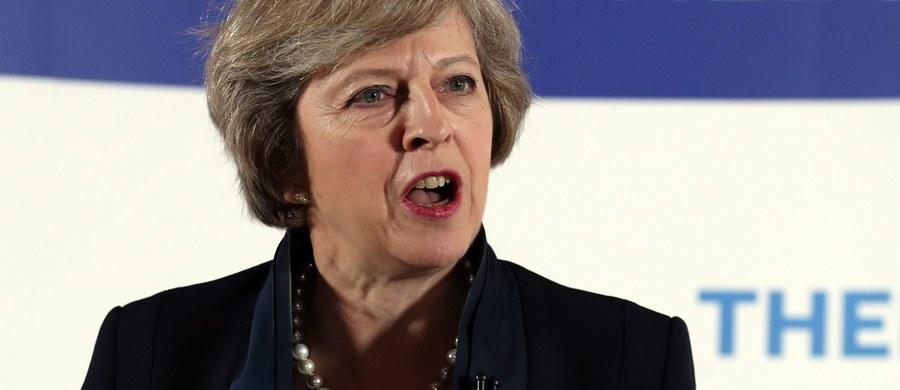"""""""Uczynimy z Brexitu sukces"""" - zapowiedziała obecna minister spraw wewnętrznych Wielkiej Brytanii Theresa May, która została w poniedziałek oficjalnie ogłoszona nową przewodniczącą Partii Konserwatywnej i wskazana na następczynię premiera Davida Camerona."""