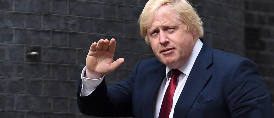 """Boris Johnson, jeden z polityków, którzy prowadzili kampanię za Brexitem, został szefem brytyjskiej dyplomacji. Decyzja ta jest komentowana na całym świecie. Media piszą o """"gafogennym"""" Johnsonie, wytykając mu wszystkie """"niedyplomatyczne stwierdzenia"""", które padły z jego ust. Opinie o nowym ministrze spraw zagranicznych zebrał portal BBC."""