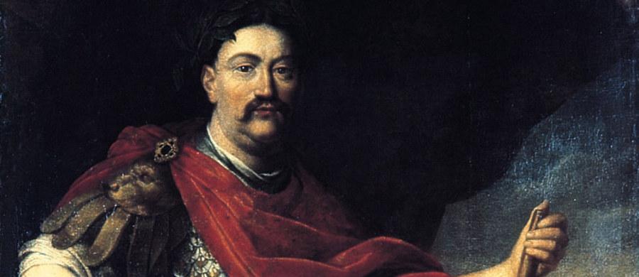"""""""Miał wąsy, mógłby się dziś podobać"""" - tak o żyjącym w XVII wieku Janie III Sobieskim mówią współczesne kobiety. Polski król sławę zyskał po wygranej bitwie pod Wiedniem. W 1683 roku zjednoczył trzy armie (polską, austriacka i niemiecką) i pokonał Turków, łamiąc tym samym potęgę Osmanów w Europie oraz zatrzymując napór islamu."""