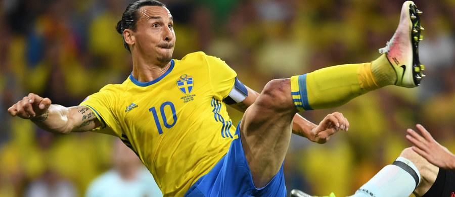 Szwedzki piłkarz Zlatan Ibrahimovic, który w czerwcu podpisał kontrakt z Manchesterem United, opuszczając Paris Saint-Germain, regeneruje siły fizyczne i psychiczne przed sezonem po nieudanych mistrzostwach Europy w... Las Vegas, Los Angeles i Arizonie.