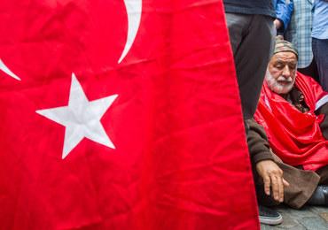 """Turcja po nieudanym zamachu stanu. """"W przyszłości to będzie dzień święta demokracji"""""""
