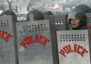 Buntownicy przejęli komisariat policji w Armenii. Trwają negocjacje