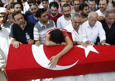 Już 290 ofiar nieudanego zamachu stanu w Turcji