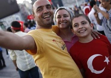 W Turcji wypoczywa 7 tysięcy Polaków. Biura podróży nie odwołują wyjazdów