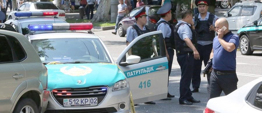 W wyniku strzelaniny, do której doszło w Ałma Acie, największym mieście i dawnej stolicy Kazachstanu, zginęło sześć osób, a osiem zostało rannych - poinformował Reuters, powołując się na źródła szpitalne. W mieście trwa operacja antyterrorystyczna.