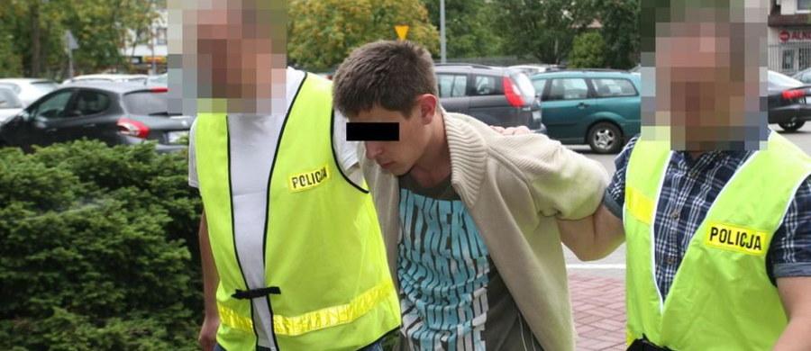 14-latek, który wspólnie z 25-letnim Ukraińcem napadł na taksówkarza w Lublinie będzie umieszczony w schronisku dla nieletnich - takie postanowienie wydał sąd rodzinny.