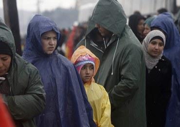 Sondaż: 60 proc. sądzi, że terroryści udają uchodźców