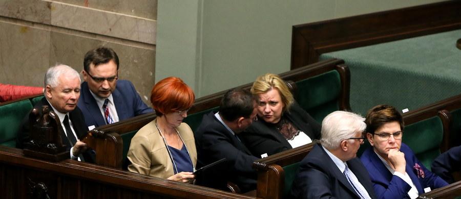 Premier przedstawi w czwartek w Sejmie informację ws. Brexitu. Beata Szydło poinformuje o przygotowaniach rządu związanych z procesem wyjścia Wielkiej Brytanii z Unii Europejskiej oraz o założeniach nowych relacji z Londynem.
