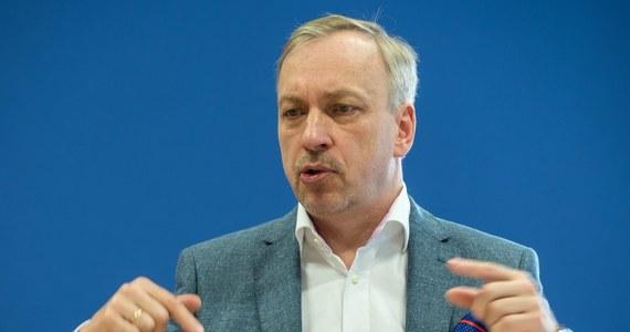 Bogdan Zdrojewski nie będzie już pełnił funkcji komisarza Platformy Obywatelskiej na Dolnym Śląsku. Polityk poinformował o swojej decyzji na Twitterze.