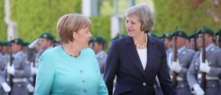 Premier Wielkiej Brytanii Theresa May podczas pierwszej zagranicznej wizyty po objęciu stanowiska oświadczyła po spotkaniu z kanclerz Angelą Merkel w Berlinie, że relacje między obu okrajami, szczególnie gospodarcze, pozostaną bliskie i partnerskie.