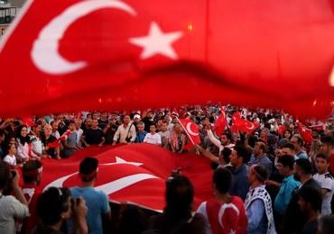 """Tureccy wojskowi w Grecji skazani na 2 miesiące więzienia w zawieszeniu. """"To zdrajcy"""""""